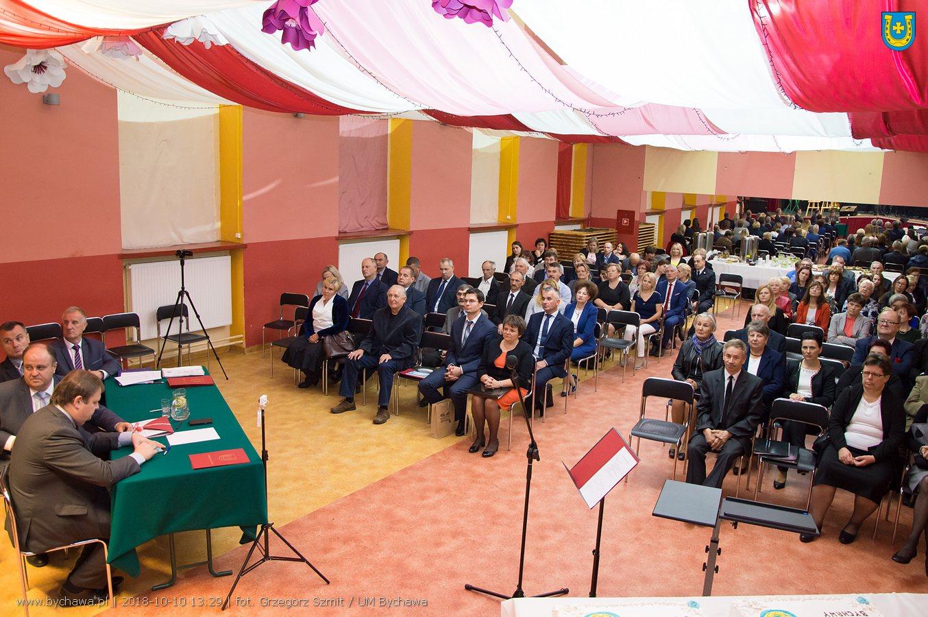 Uroczysta Sesja Rady Miejskiej w Bychawie – zdjęcia