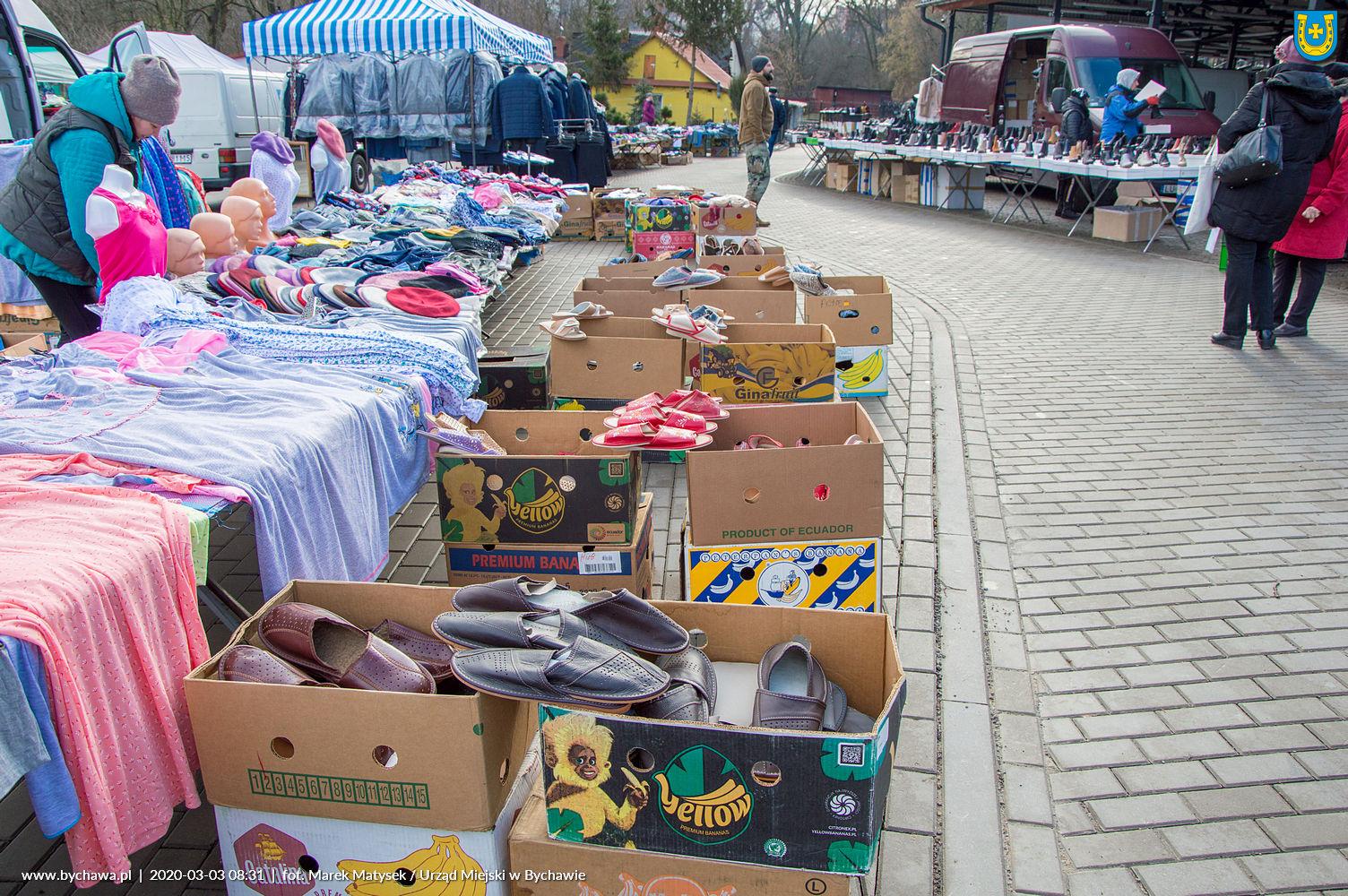 """Targowisko Miejskie """"Mój Rynek"""" w Bychawie – zdjęcia towarów"""