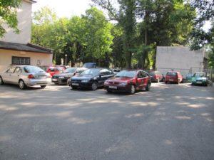 Utrudnienia na parkingu przy Urzędzie Miejskim