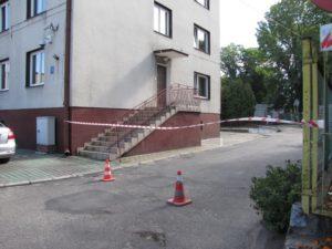 Utrudnienia w parkowaniu przy Urzędzie Miejskim i Przedszkolu