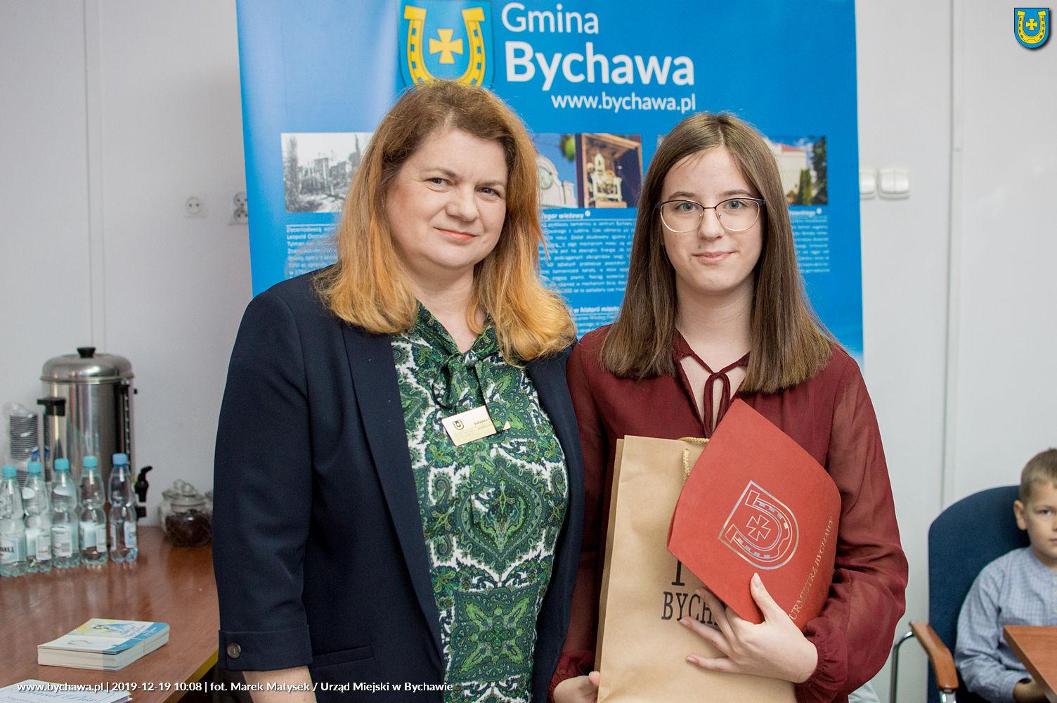 Wręczono nagrody w konkursie na kartkę pocztową gminy Bychawa – BOŻE NARODZENIE 2019